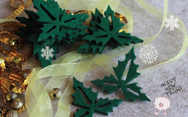 Muerdago en fieltro para decorar la Navidad