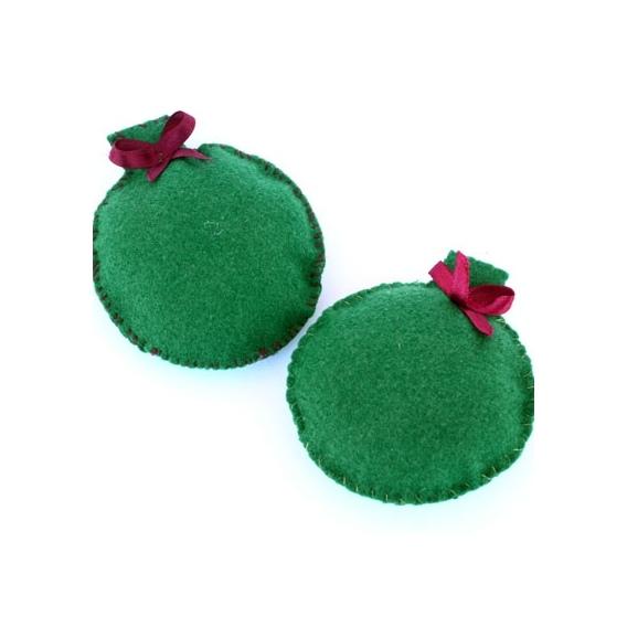 Bolas de fieltro rellenas de guata - Bolas de navidad de fieltro ...