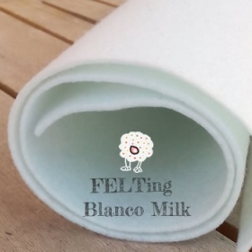 Fieltro Blanco Milk 2mm. (50x50cm)