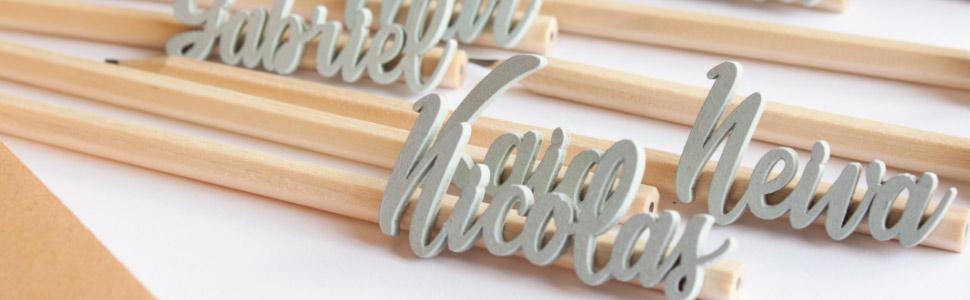lápices con nombres de madera